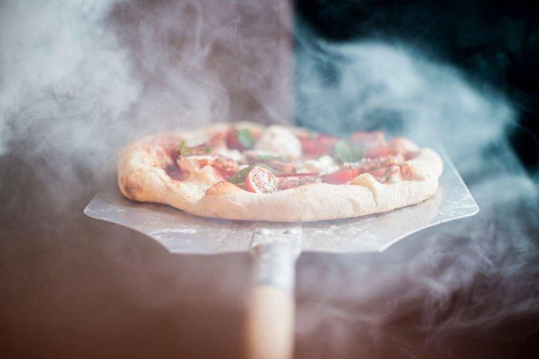 steamy-pizza.jpg